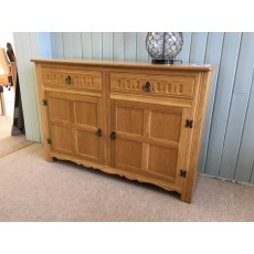 Clearance - Grangemoor Wide 2 Door Oak Sideboard
