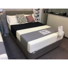 Clearance - Silentnight 4'6' (135cm) Studio Simplicity Bedframe with Firmer Comfort Mattress