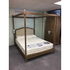 Clearance - Willis Gambier Elle 5'0' (150cm) Kingsize 4 Poster Bed
