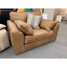 Clearance - Westbridge Beach House Love Seat in Leather