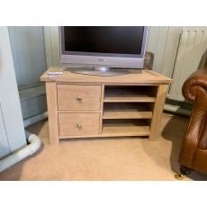 Clearance - Willis Gambier Cotswold TV Unit