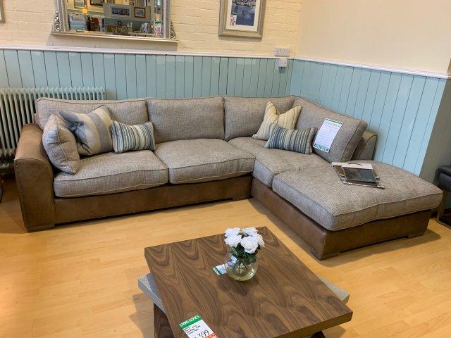 Clearance - Westbridge Beach House Full Corner Group