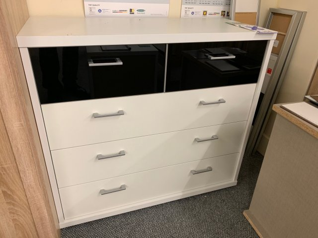 Clearance - Rauch Plus-2 3+2 Drawer Chest