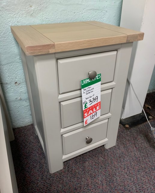 Clearance - Bretton 3 Drawer Bedside (Oak/Painted)